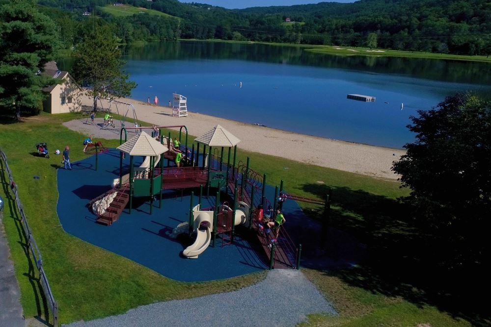 Lake Pineo 11867206