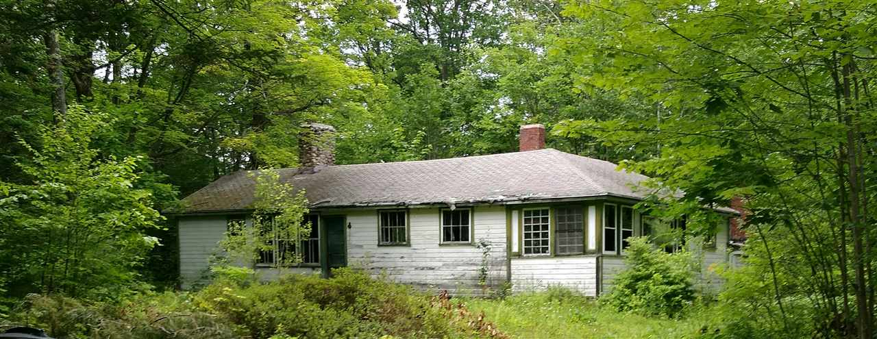 NEWBURY NH Home for sale $$189,900 | $127 per sq.ft.