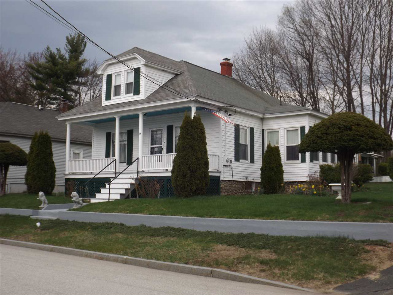 Pembroke NHHome for sale $List Price is $229,000