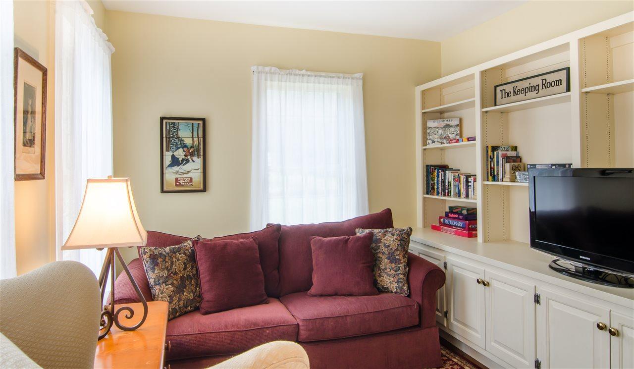 Cozy den with built-ins 11825657