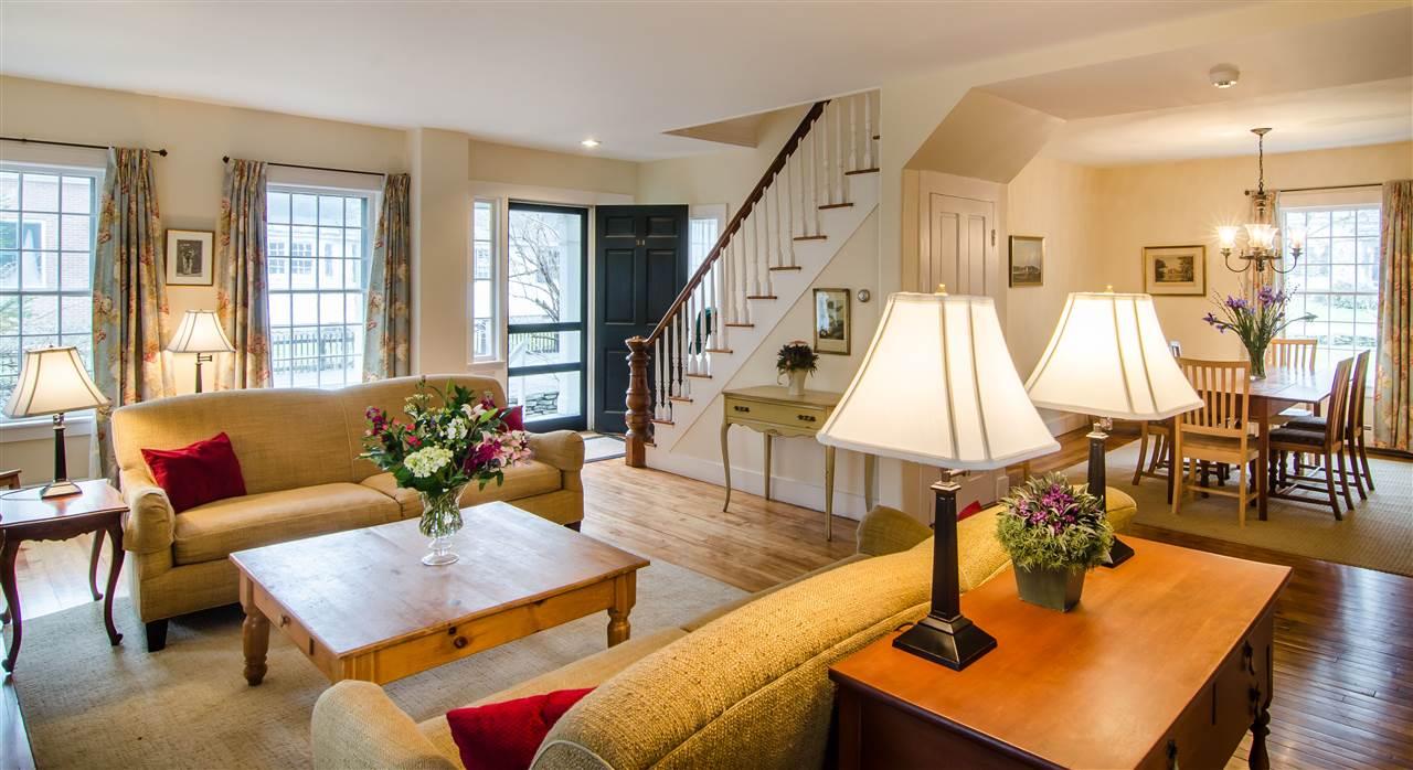 Beautiful hardwood floors and charming built-ins 11825660