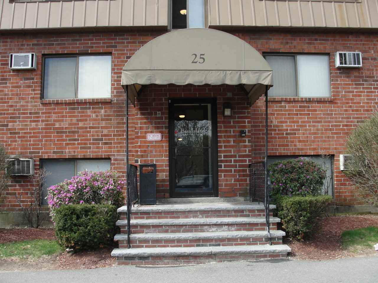 Manchester NH Condo for sale $List Price is $89,900
