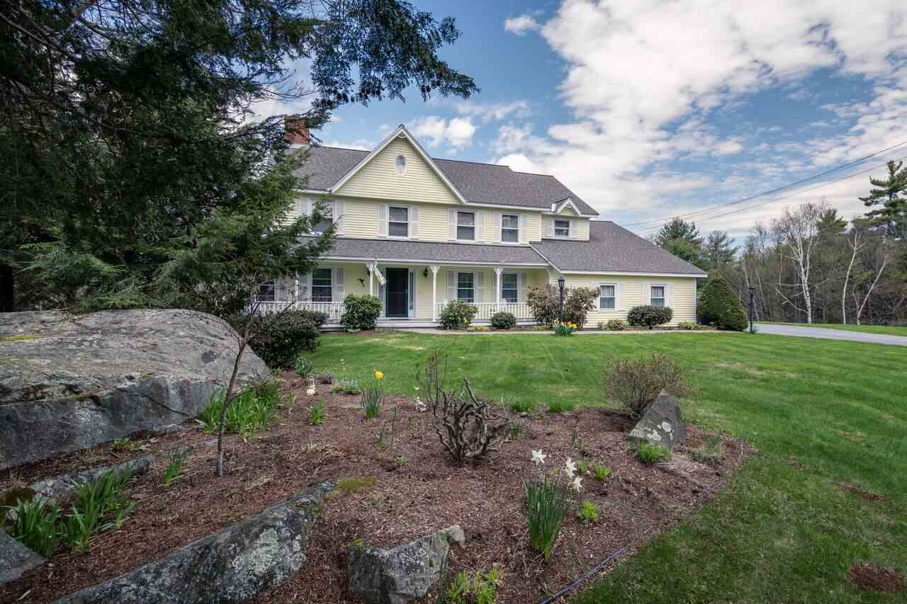 CLAREMONT NH Home for sale $$329,000 | $112 per sq.ft.