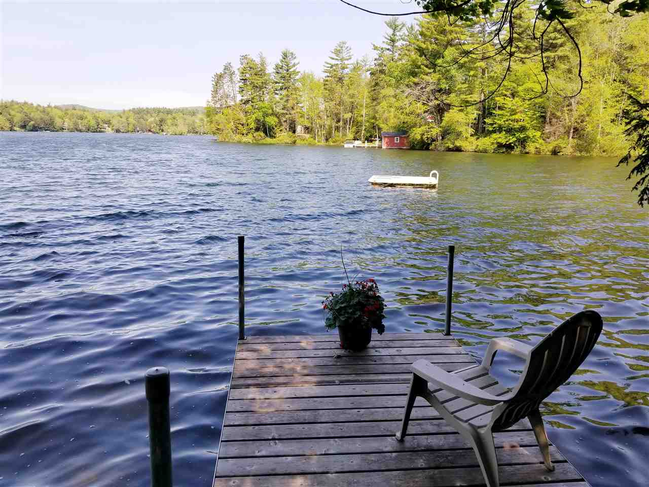 SUNAPEE NH Lake House for sale $$239,000 | $378 per sq.ft.