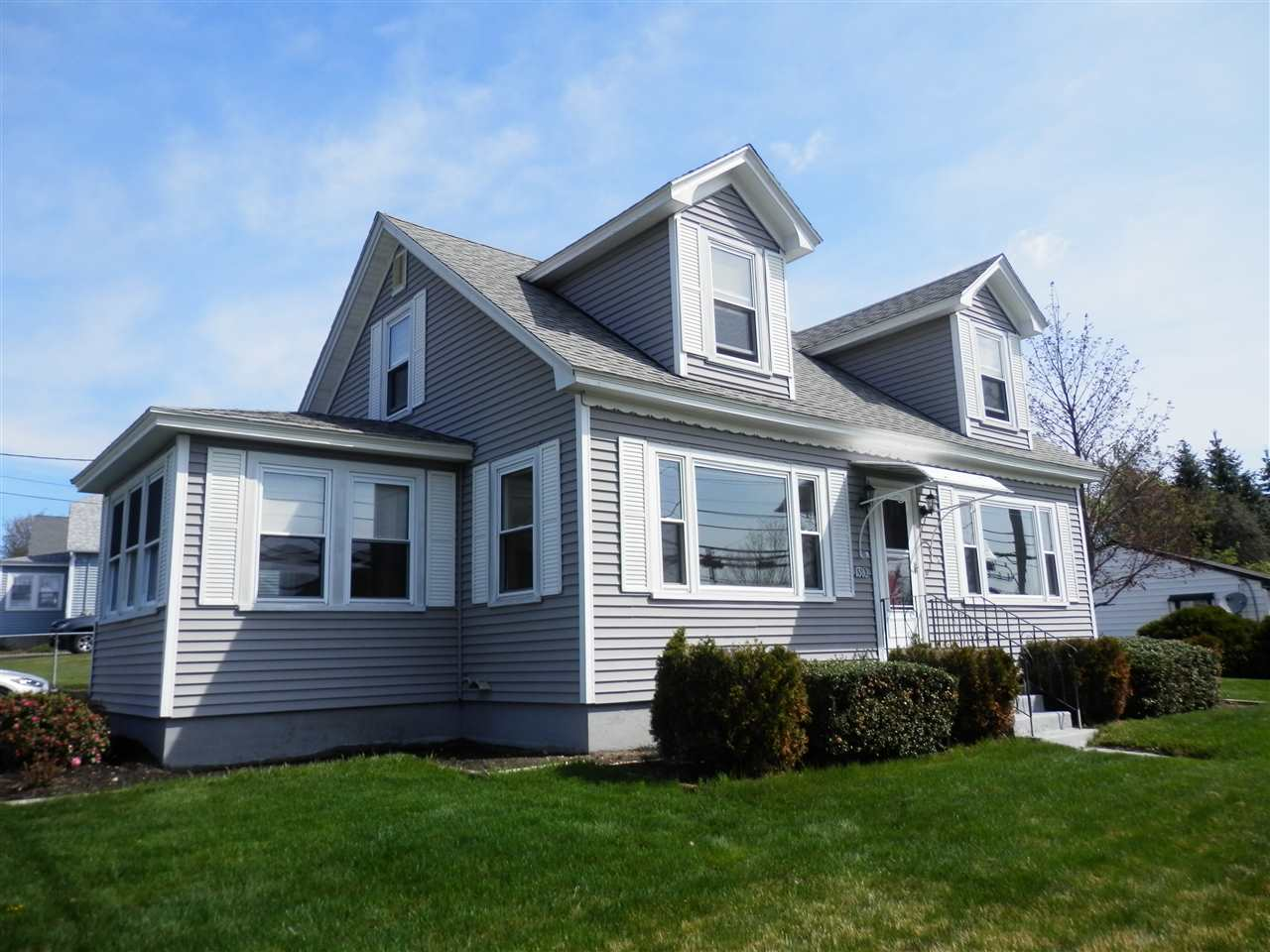 MANCHESTER NH Home for sale $$249,900 | $171 per sq.ft.