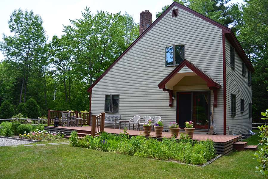 NEWBURY NH Home for sale $$330,000 | $199 per sq.ft.