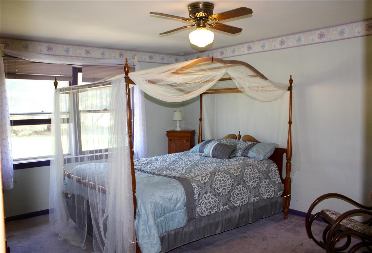 Master Bedroom 11843227