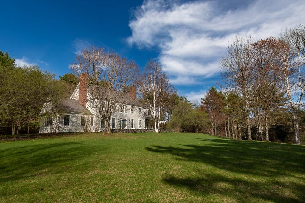 LYME NH Home for sale $$1,299,000 | $215 per sq.ft.