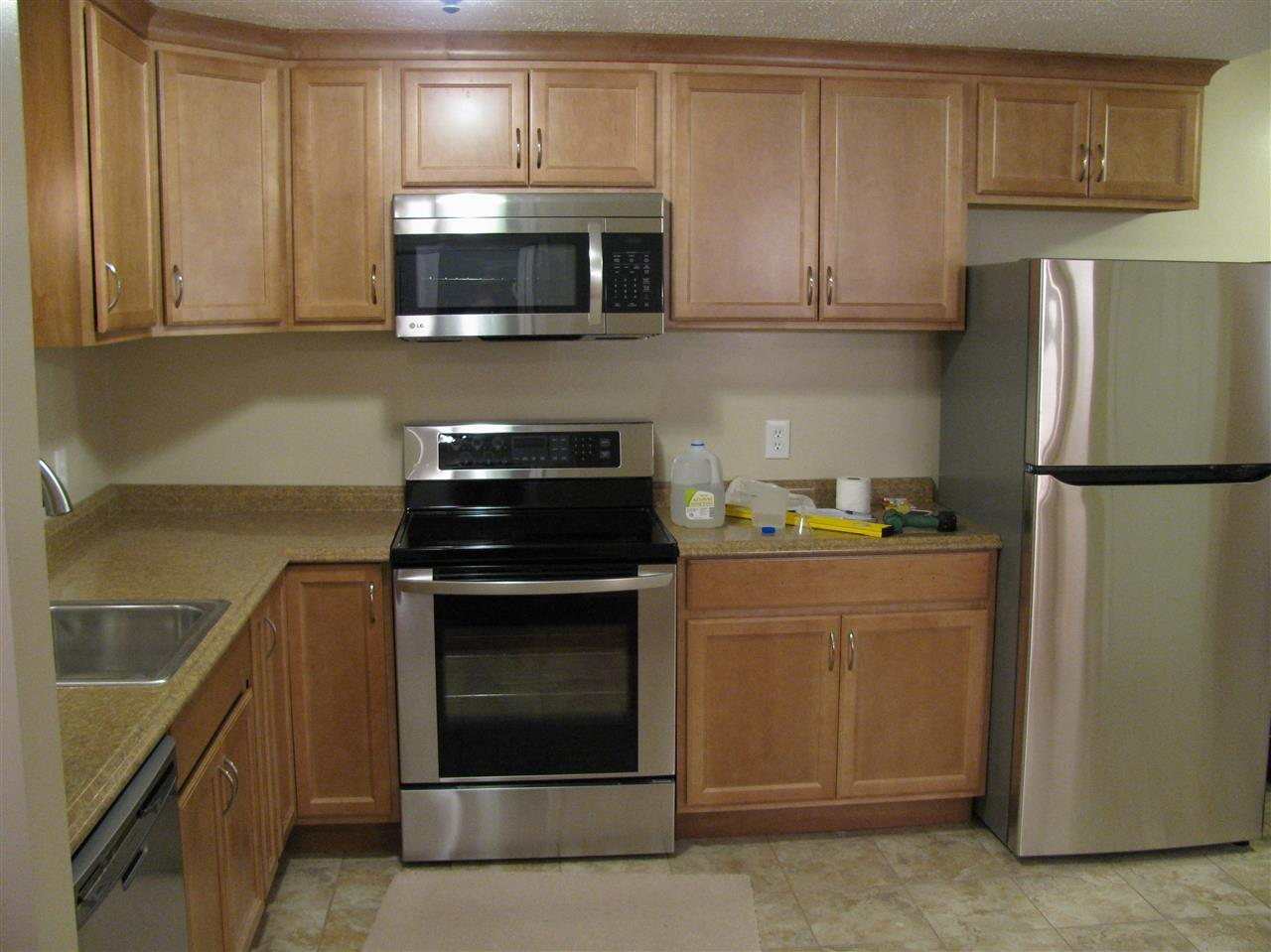 CONCORD NHTownhouse for rent $Townhouse For Lease: $1,600 with Lease Term