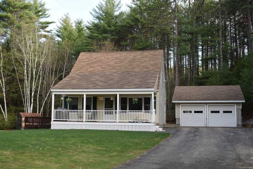 NEW HAMPTON NH  Home for sale $257,000