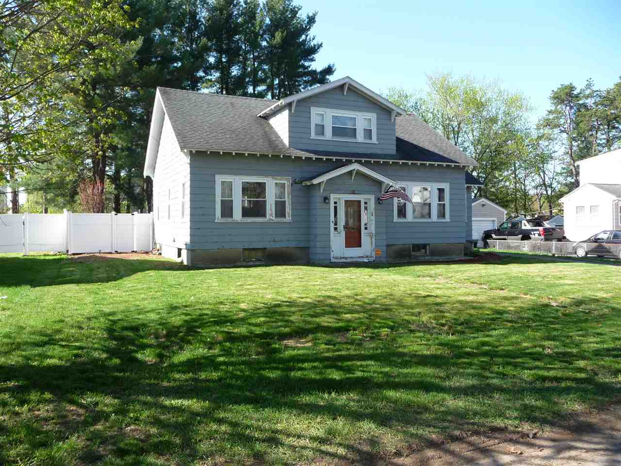 MANCHESTER NH Home for sale $$245,000 | $133 per sq.ft.