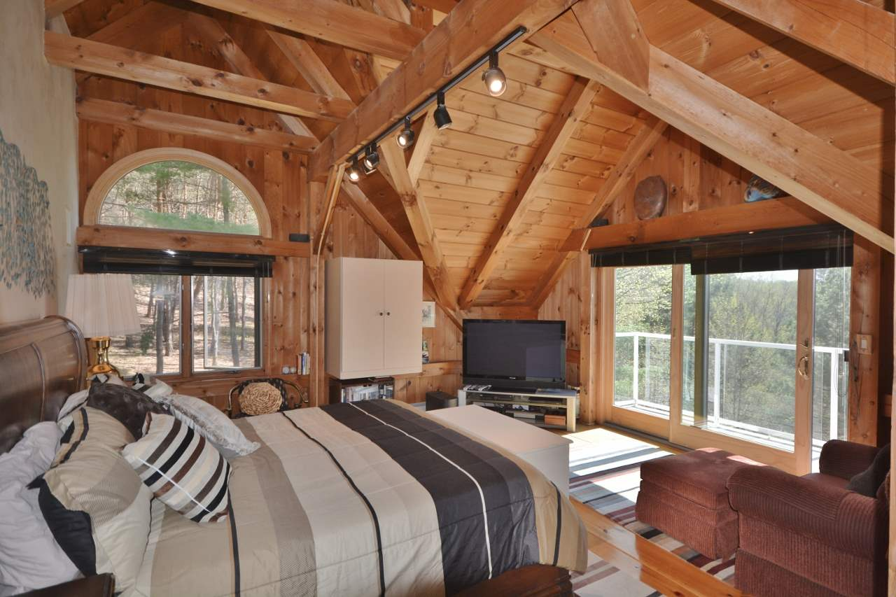 Vaulted Master Bedroom 11857457