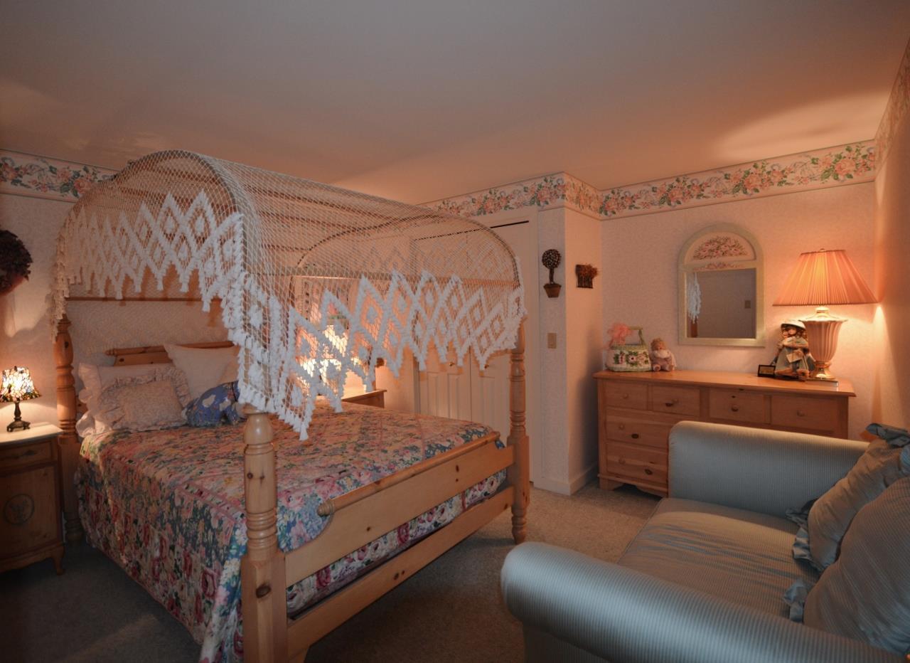 Bedroom 3 11857456