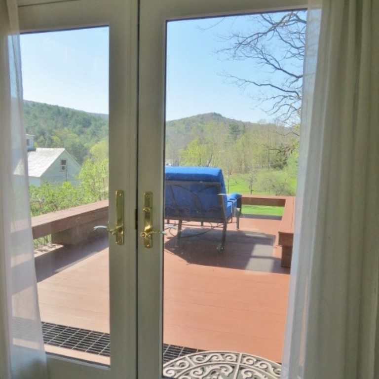 FRENCH DOORS TO DECK FROM MASTER 11862022