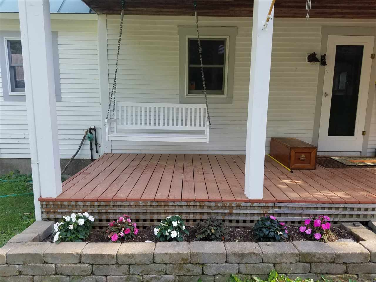 WELCOMING FRONT PORCH 11837454
