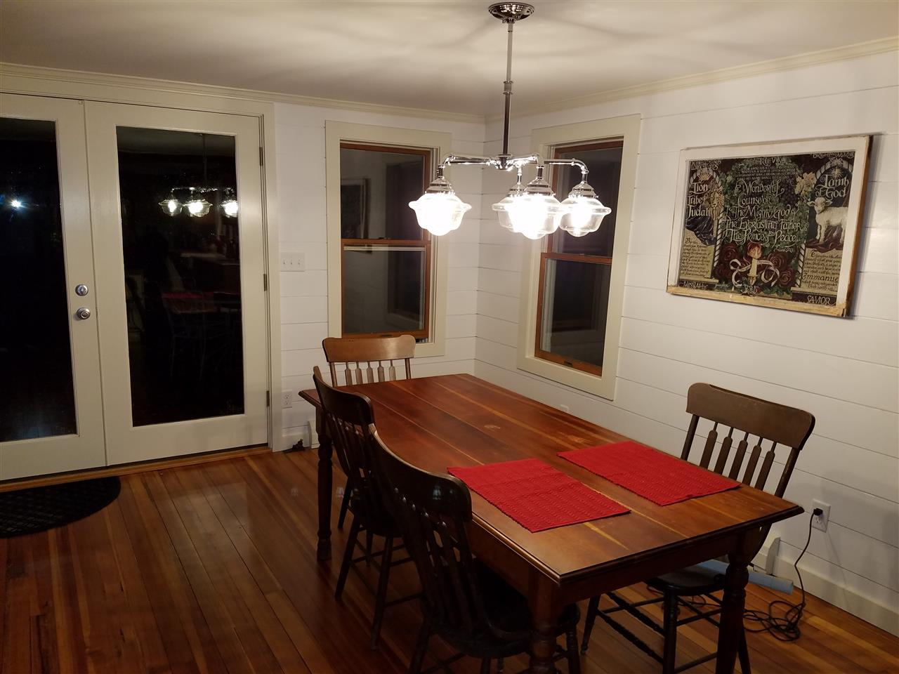 DINING ROOM W/FRENCH DOORS TO DECK 11837450