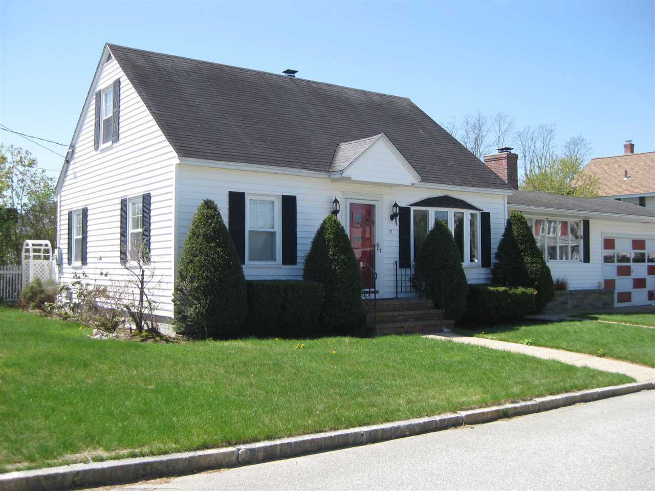 MANCHESTER NH Home for sale $$232,000 | $204 per sq.ft.