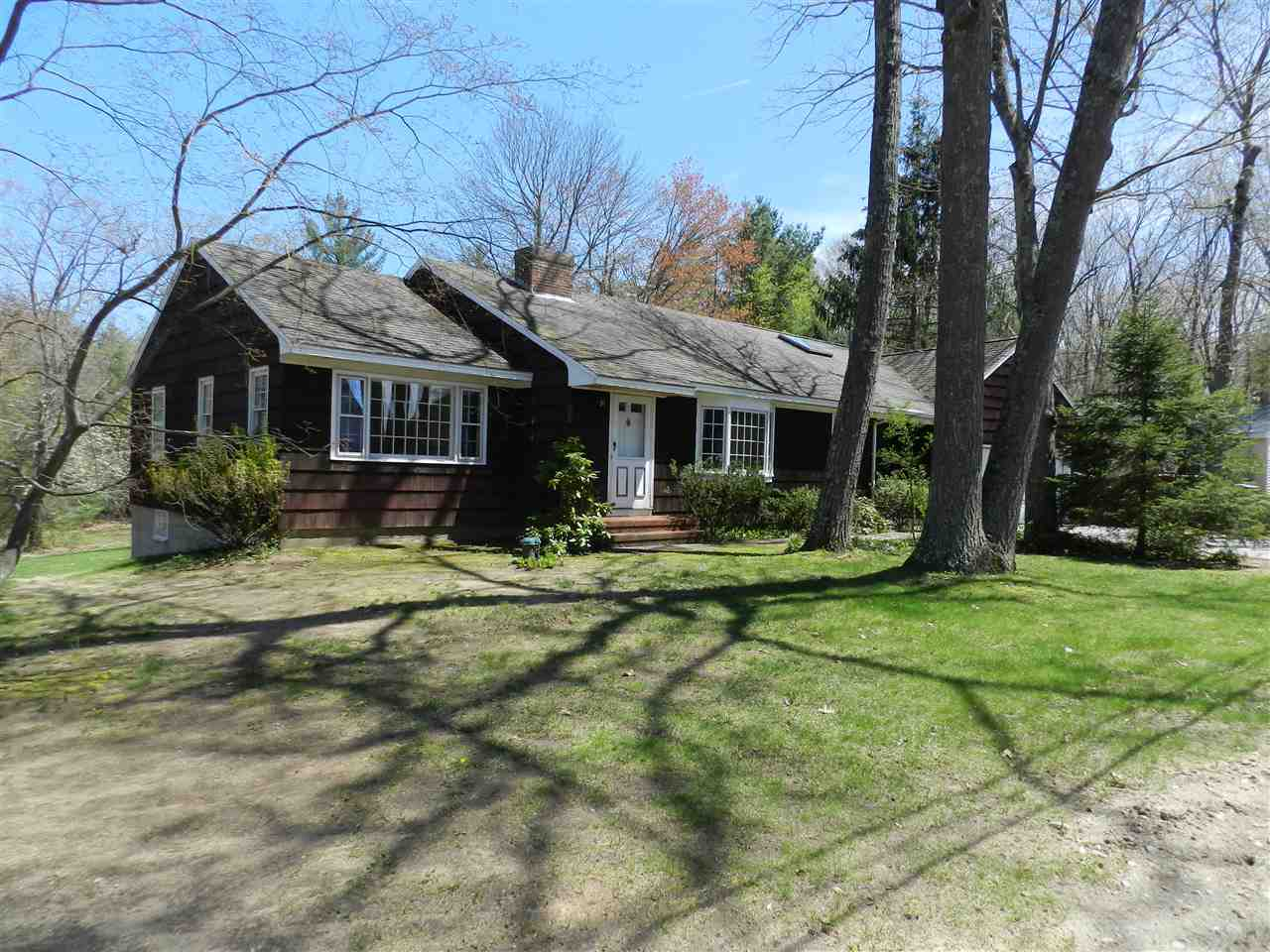 Plaistow NHHome for sale $List Price is $300,000