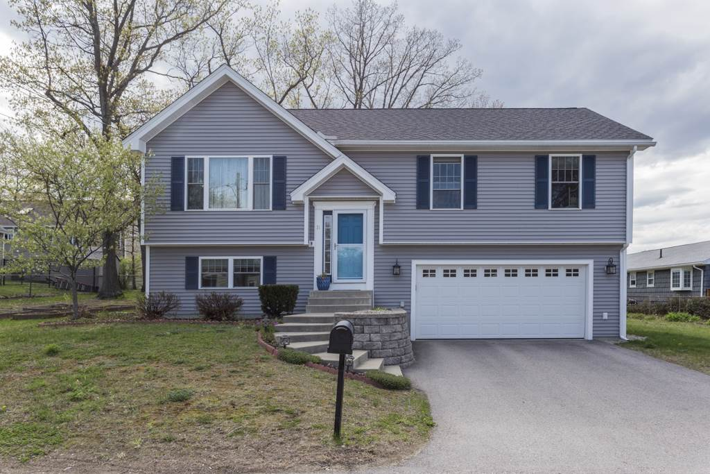 MANCHESTER NH Home for sale $$289,900 | $255 per sq.ft.