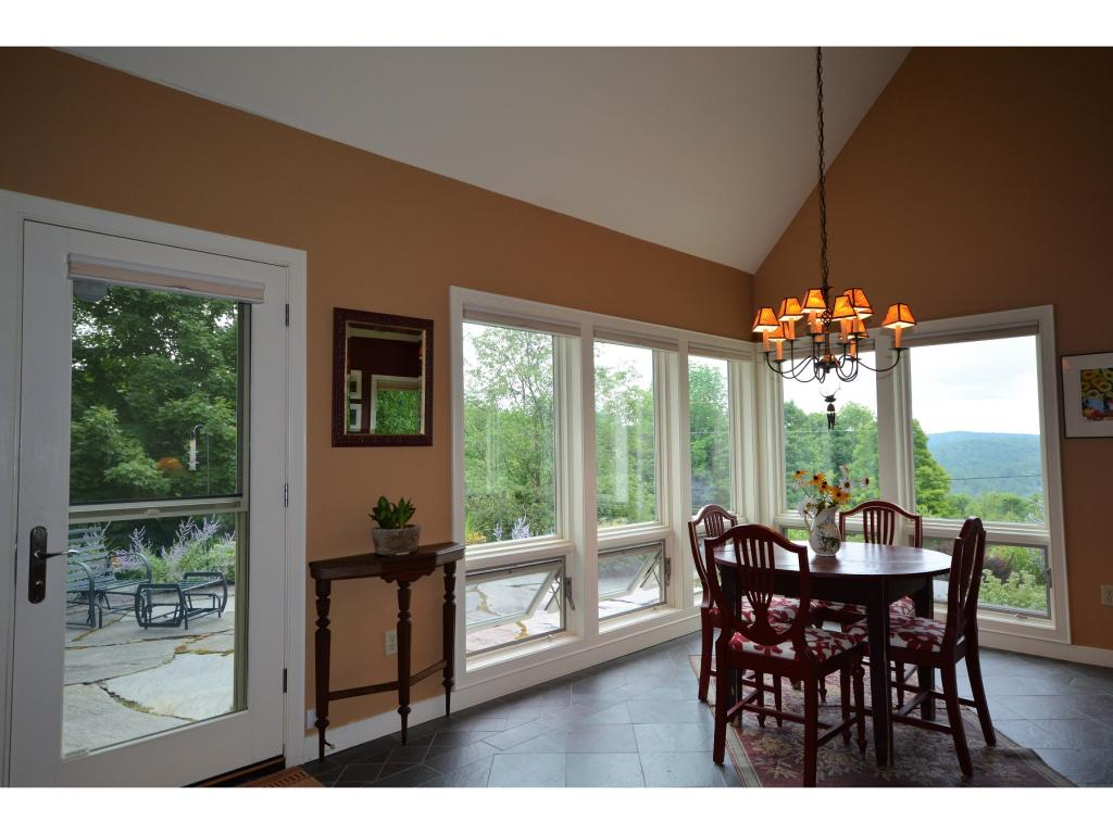 Spectacular O/C Great Room 11870502