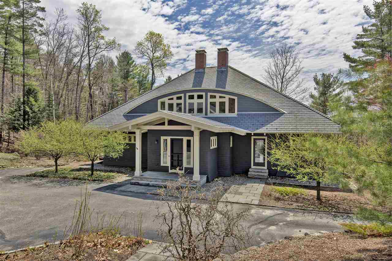 NEW LONDON NH Home for sale $$1,150,000 | $268 per sq.ft.