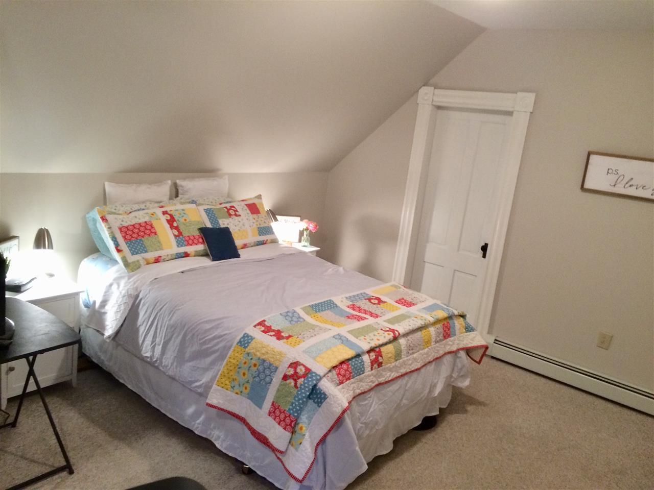 Master Bedroom 11869683