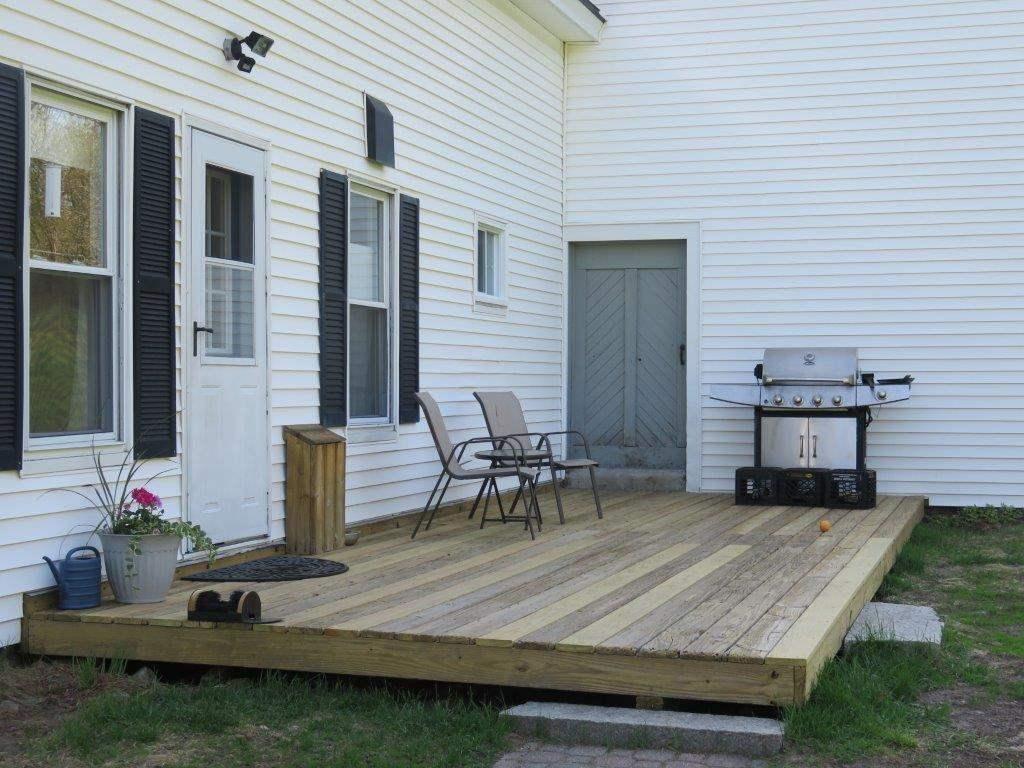 Rear Deck 11869703