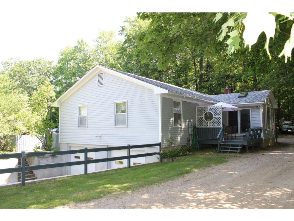 OSSIPEE NH  Home for sale $269,000