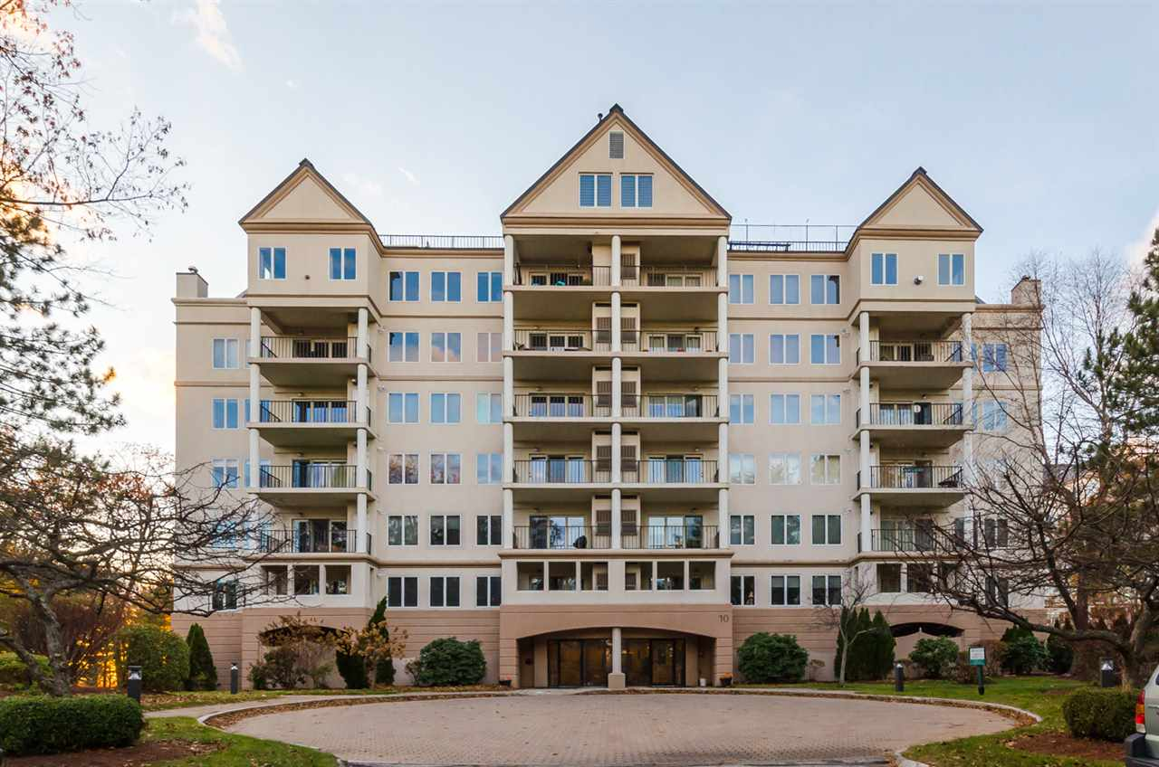Nashua NHCondo for sale $List Price is $329,000
