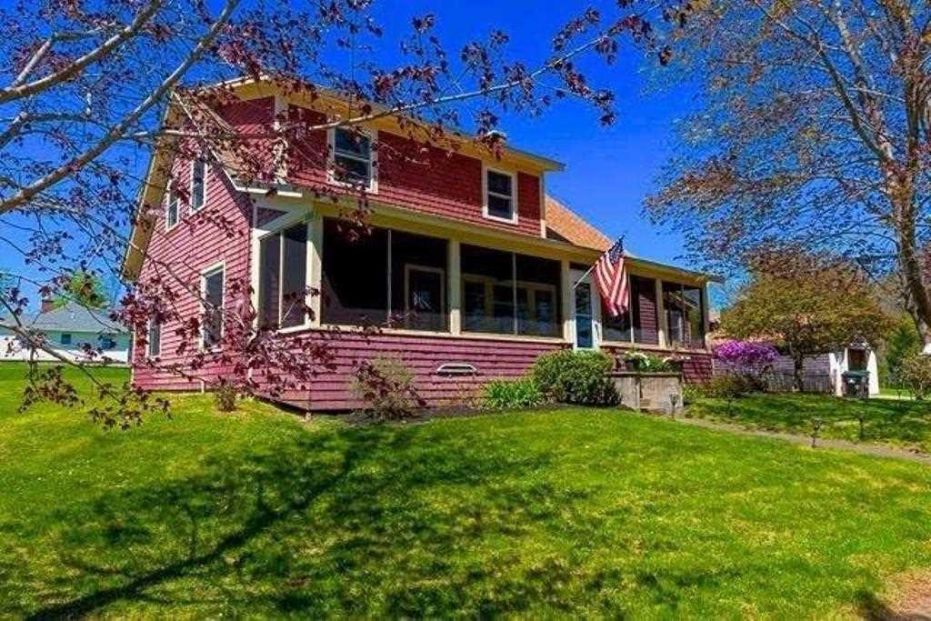 TILTON NH Home for sale $297,700