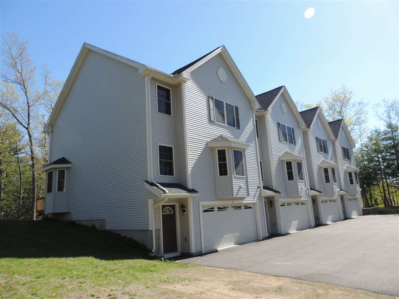 Fremont NH Condo for sale $List Price is $259,900