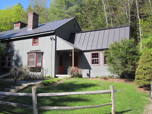 VILLAGE OF QUECHEE IN TOWN OF HARTFORD VT Condo for sale $$39,900 | $45 per sq.ft.