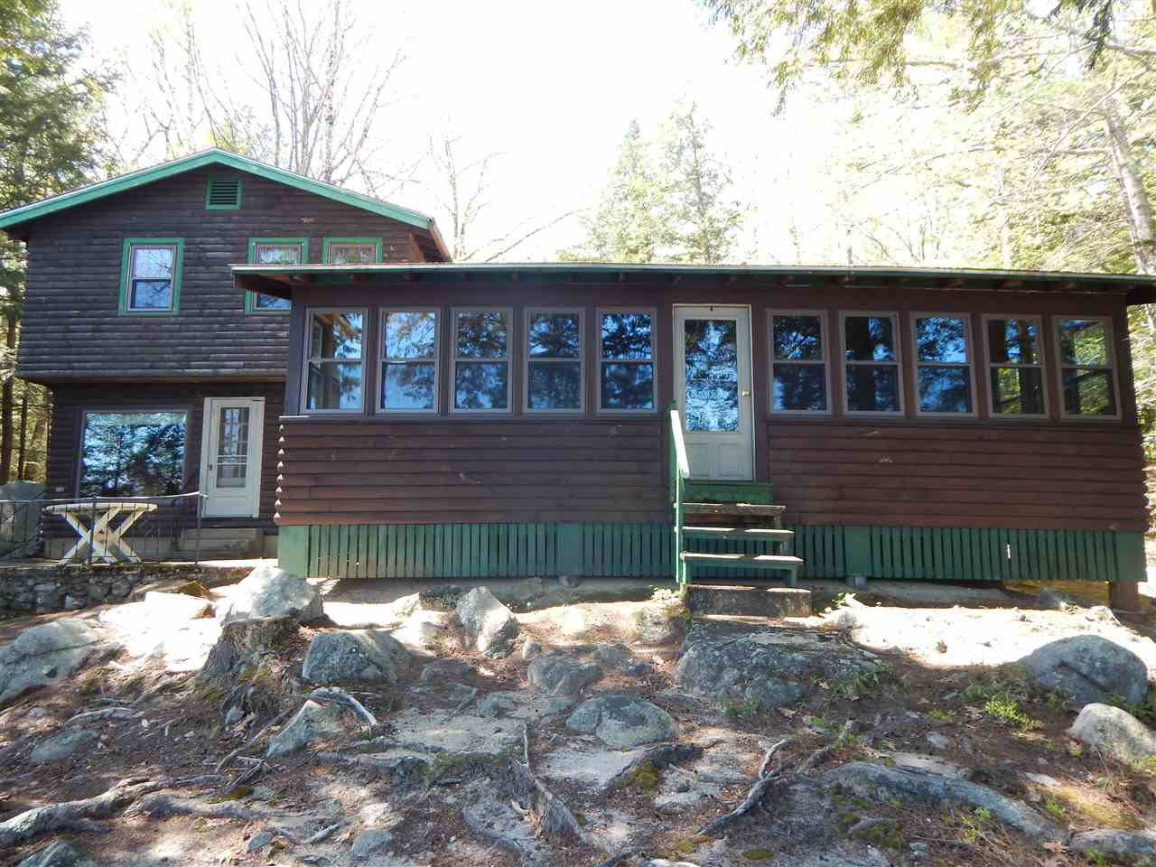 VILLAGE OF MOULTONBORO NECK IN TOWN OF MOULTONBOROUGH NH  Home for sale $899,000