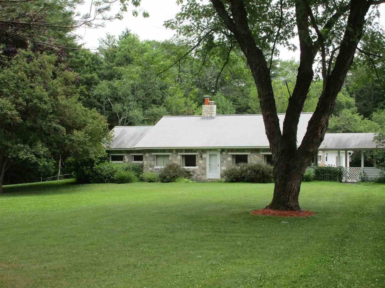 ENFIELD NH Home for sale $$289,000 | $118 per sq.ft.