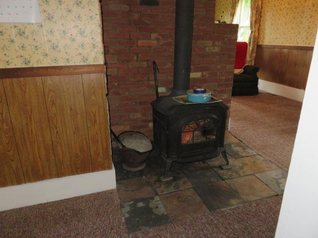 Wood stove and hearth 11896123