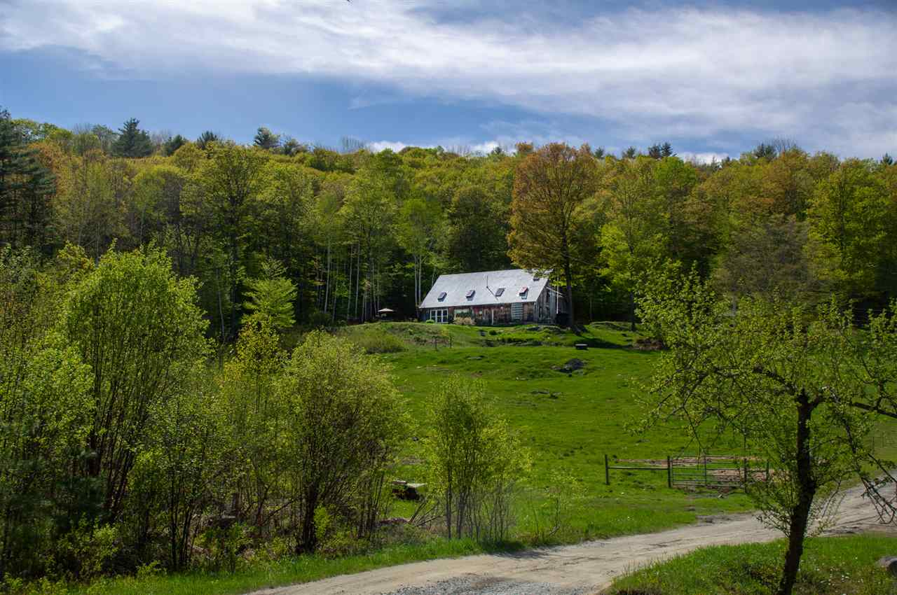 THETFORD VT Home for sale $$410,000 | $153 per sq.ft.