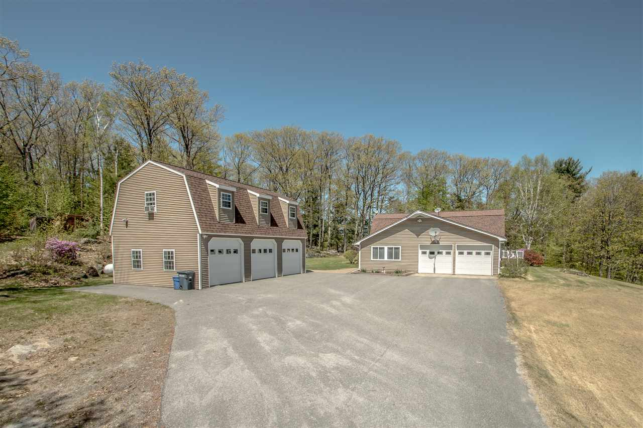 NEWPORT NH Lake House for sale $$425,000 | $109 per sq.ft.