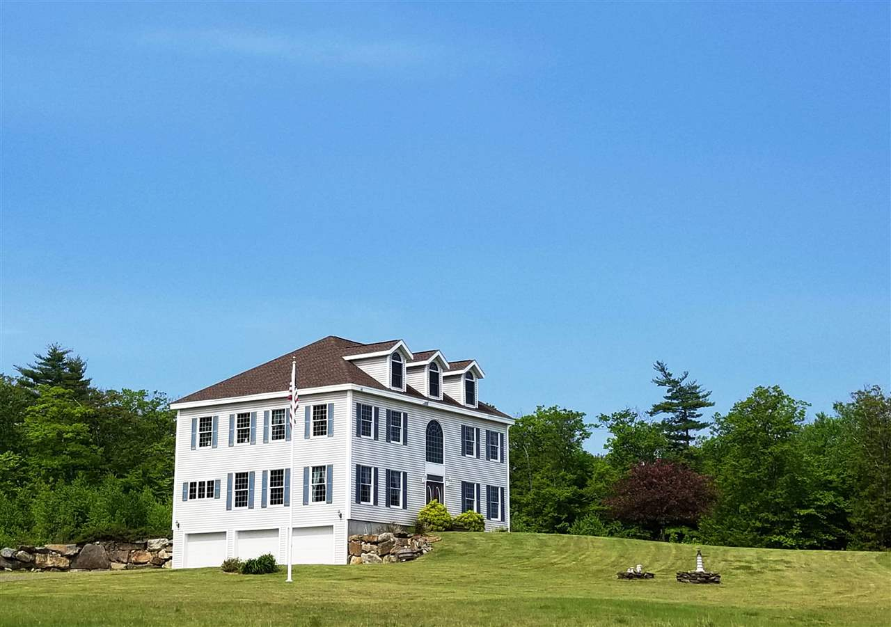 LACONIA NH Home for sale $795,000
