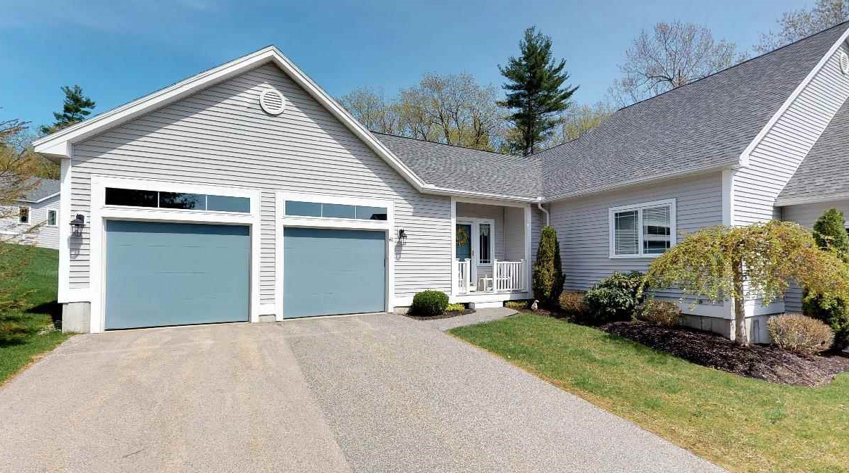 Windham NH Condo for sale $List Price is $429,000