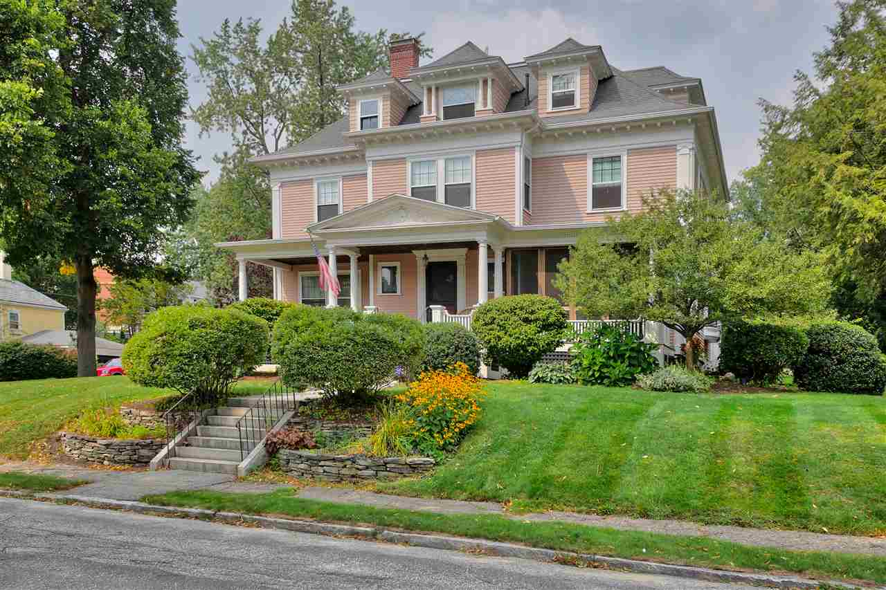 MANCHESTER NH Home for sale $$574,900 | $140 per sq.ft.