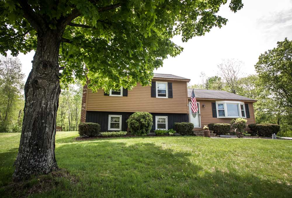 Amherst NH Home for sale $List Price is $285,000