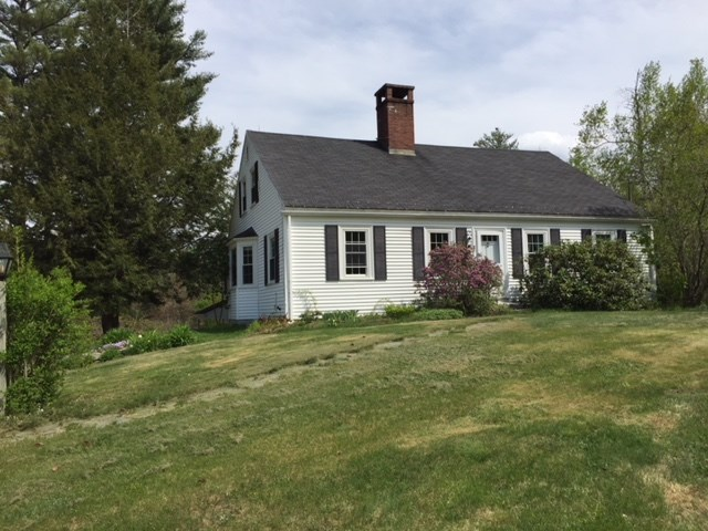 Sandwich NH Home for sale $$395,000 $158 per sq.ft.