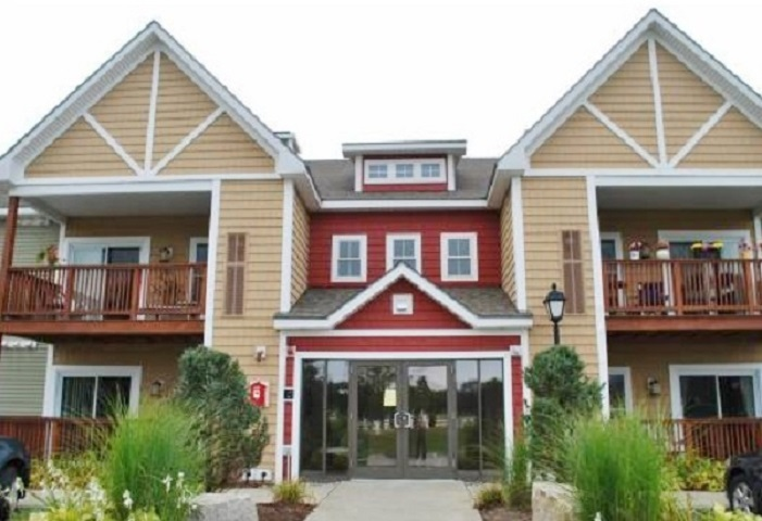 LEBANON NH Condo for sale $$205,000 | $229 per sq.ft.