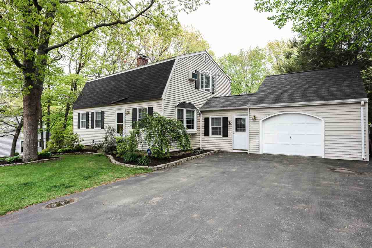 MANCHESTER NH Home for sale $$370,000 | $181 per sq.ft.