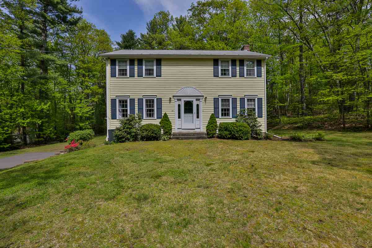 Windham NHHome for sale $List Price is $379,000