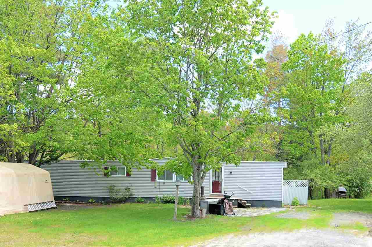 SUNAPEE NH Mobile-Manufacured Home for sale $$99,000 | $138 per sq.ft.