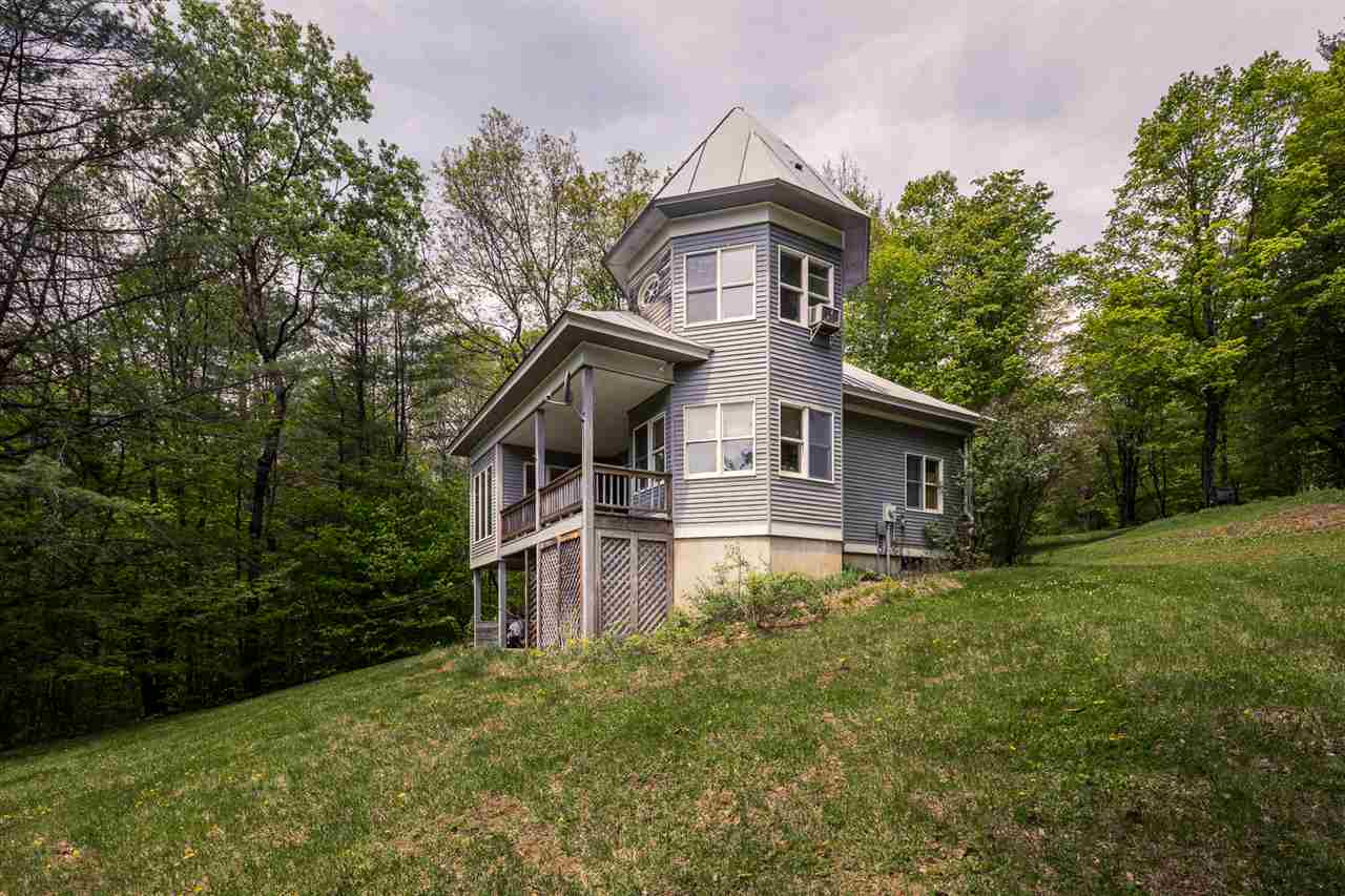 HARTLAND VT Lake House for sale $$239,000 | $189 per sq.ft.