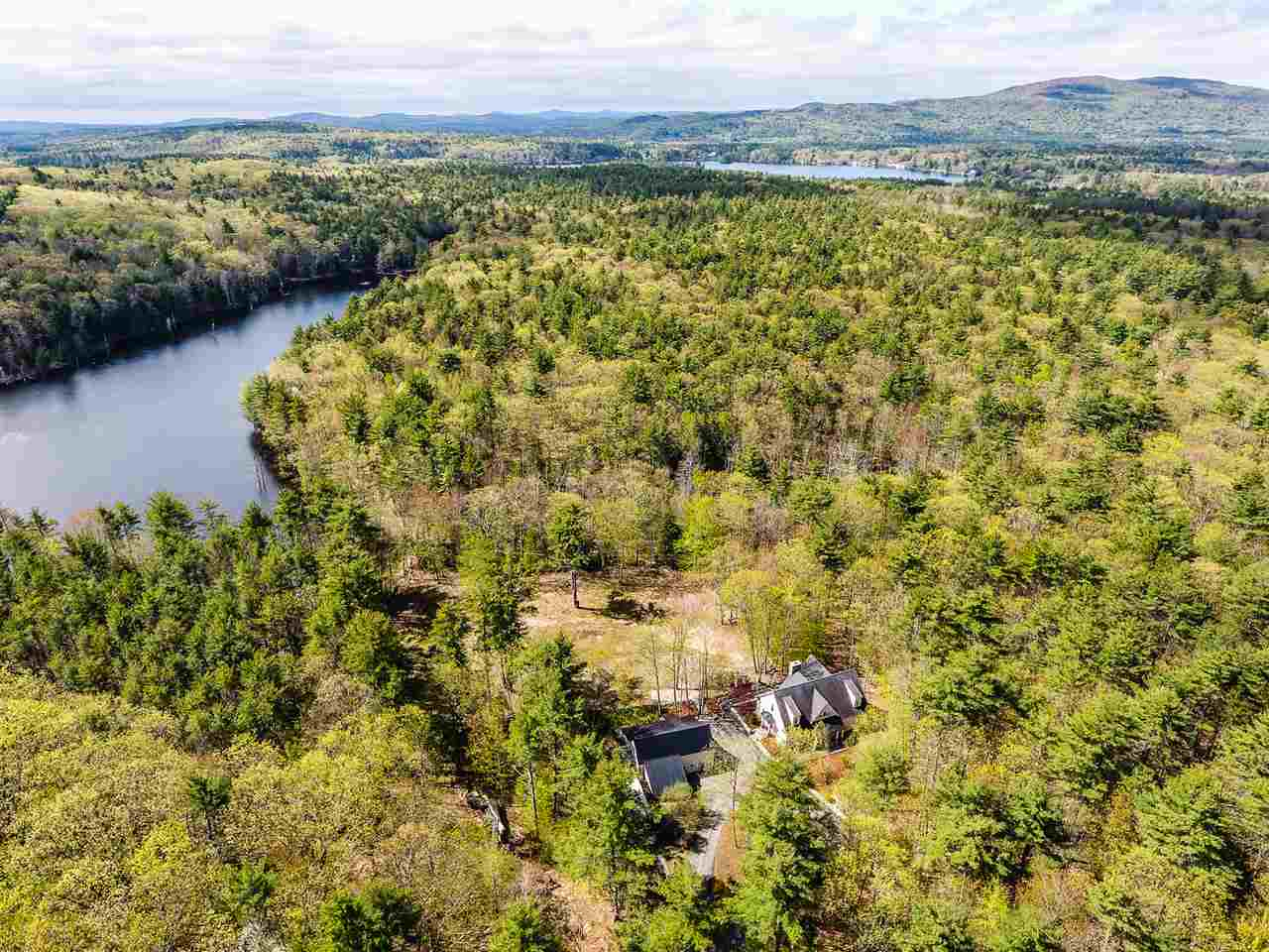 WAKEFIELD NH Home for sale $600,000