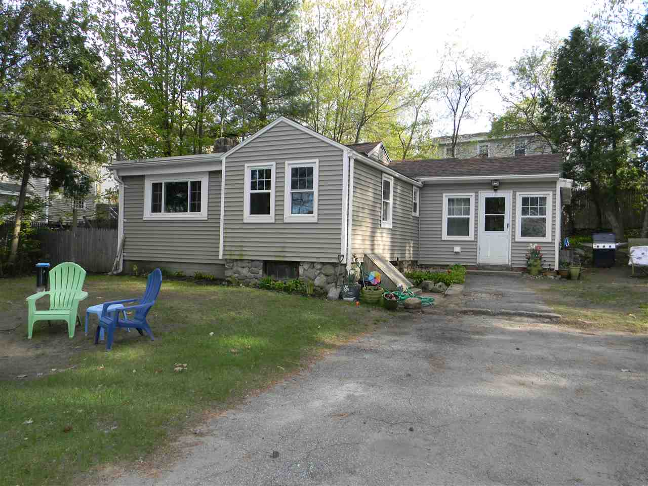 Salem NH Home for sale $List Price is $239,900
