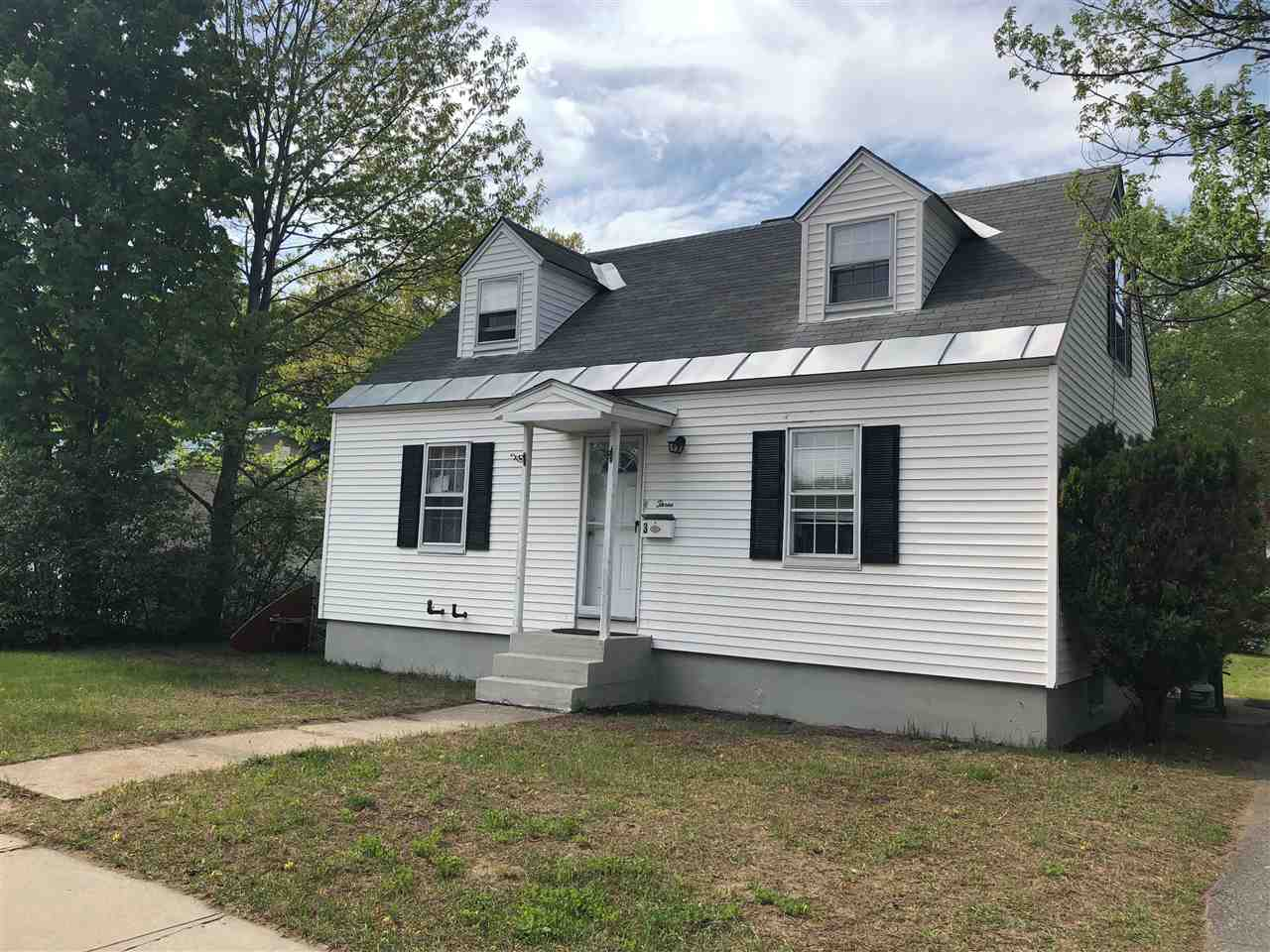 CLAREMONT NH Home for sale $$109,000 | $113 per sq.ft.